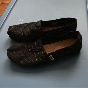 TOMS Classic Size 8